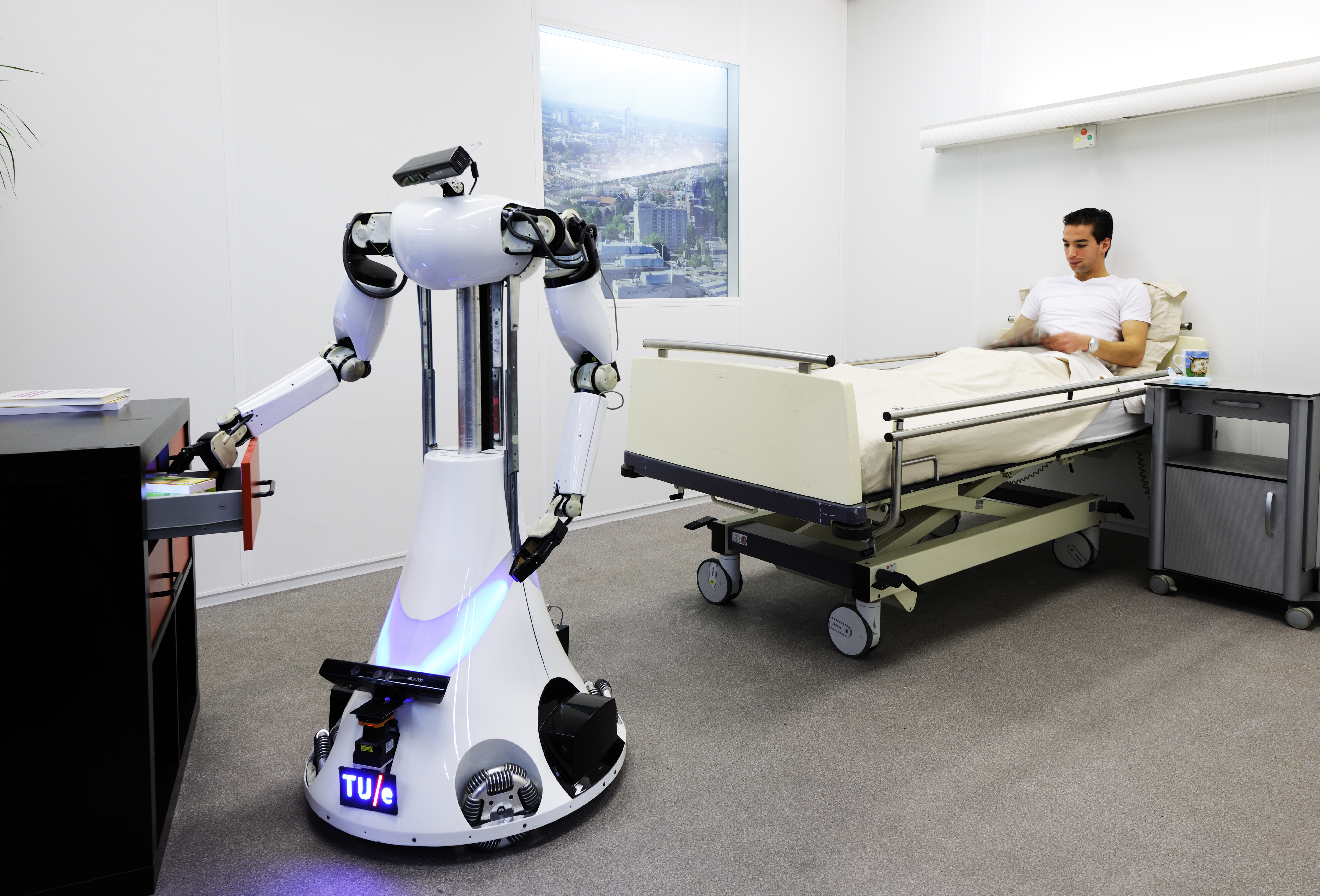 The Development Of  Social  Robots For Health Care